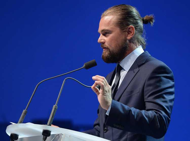 Leonardo DiCaprio Man Bun
