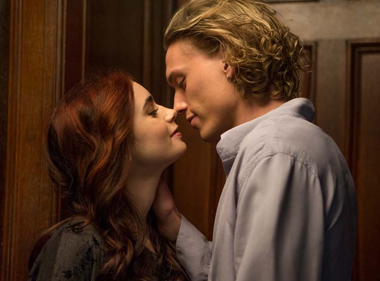 Lily Collins Jamie Campbell Bower The Mortal Instruments